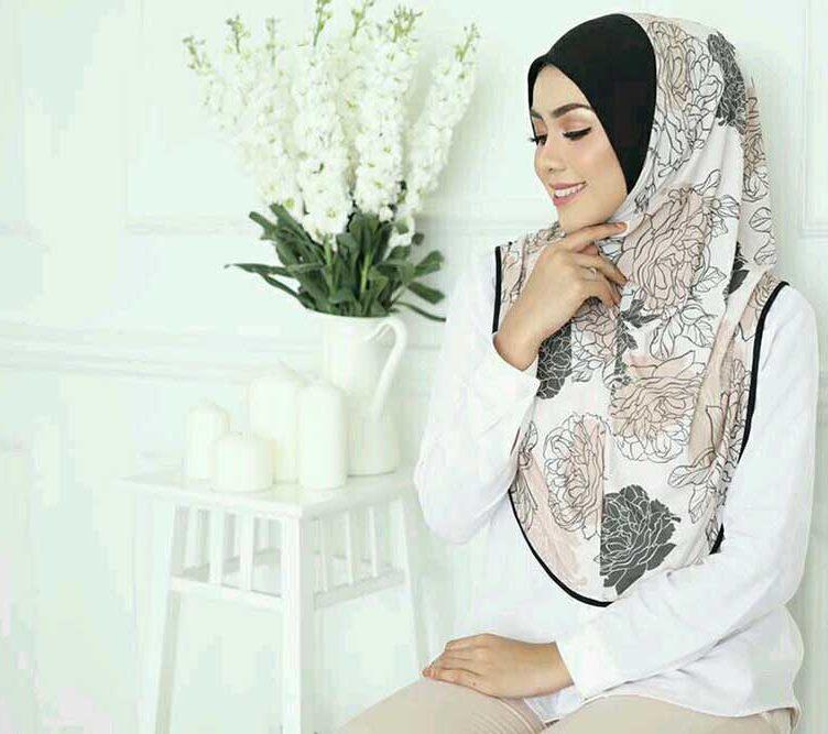 Zahira Premium 06
