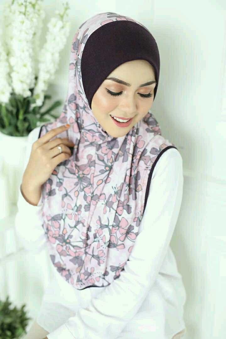 Zahira Premium 09