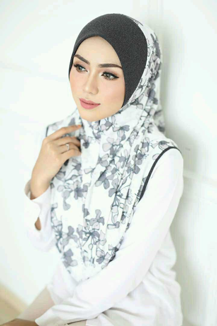 Zahira Premium 10